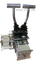 Двойной рычажный командоконтроллер D8